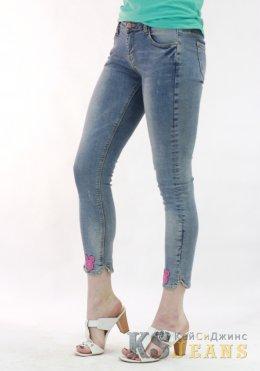 Узкие джинсы женские